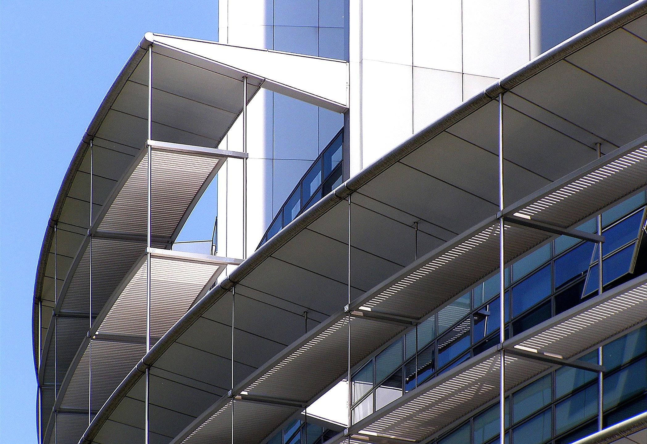 architecture-building-business-city-290562